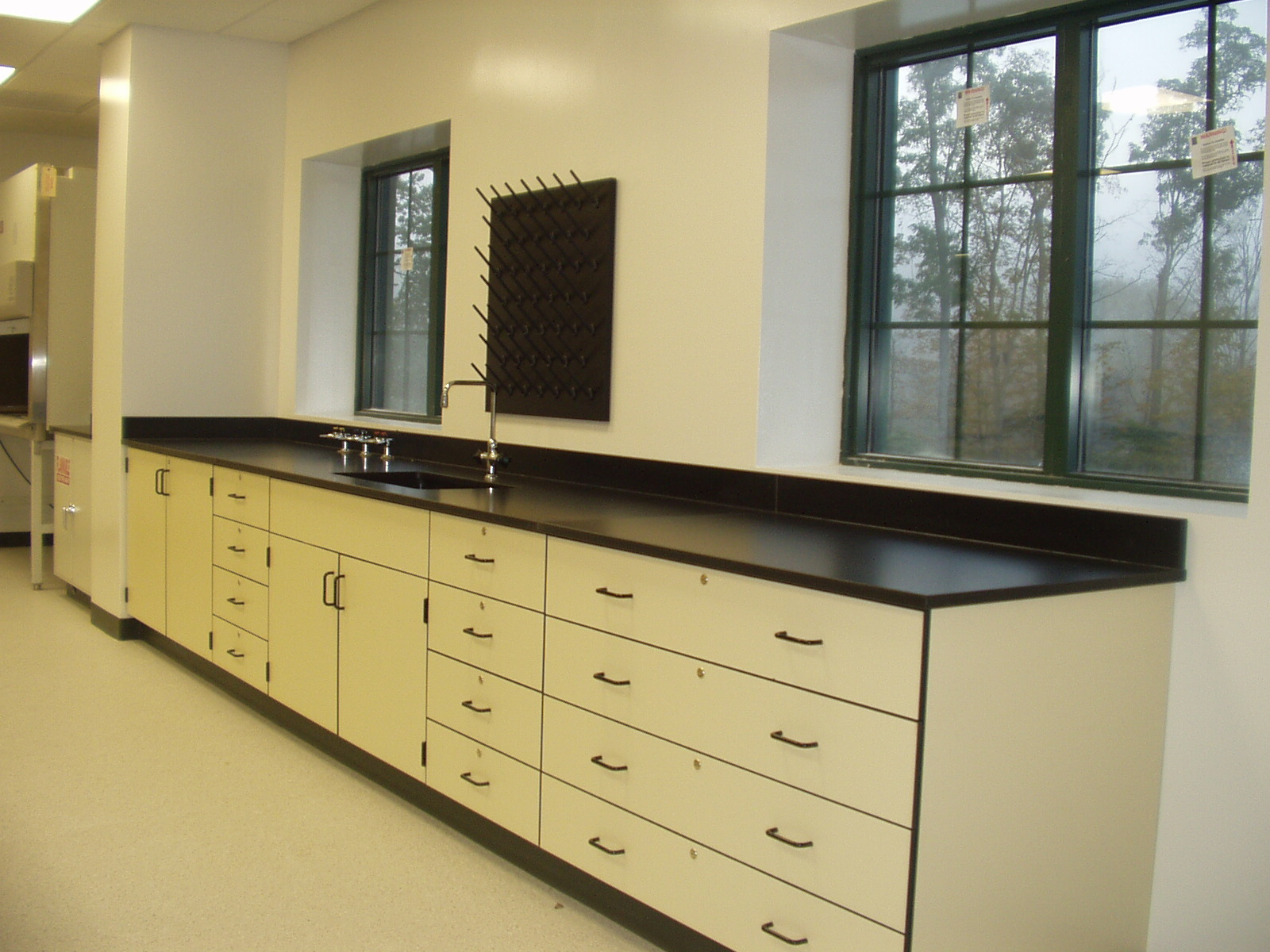 Laboratory Casework And Cabinets Traxle Lab Furniture